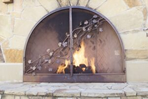 Deshollinar chimenea antigua estilo clásico